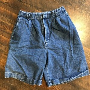 VINTAGE 🦋 High Waisted Mom Shorts Sm